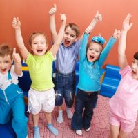 Адаптация детей к ДОУ